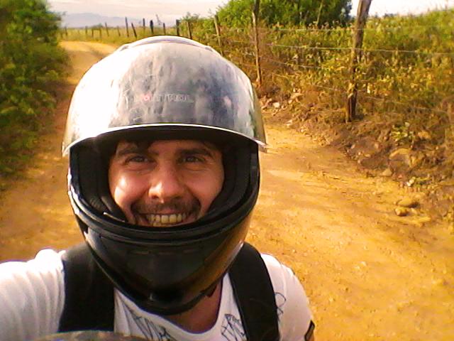Blog Spiragli di Luce, spiritualitá, Elvio Rocchi in moto a Neiva