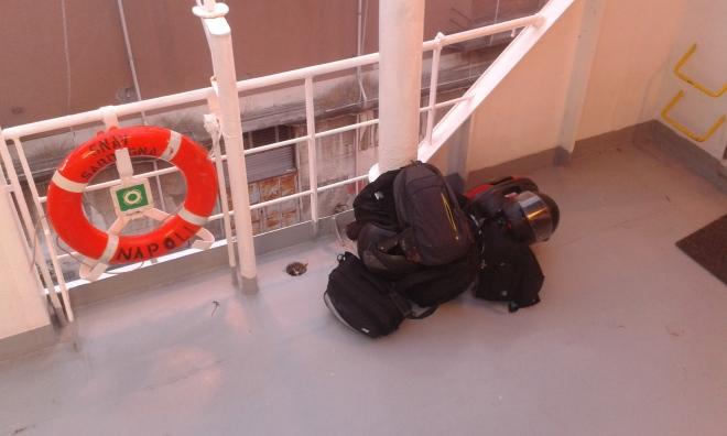 bagagli sul traghetto